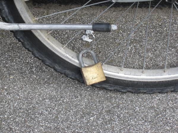 Den ultimative cykellås i nærbillede - den cykel er ustjælelig!