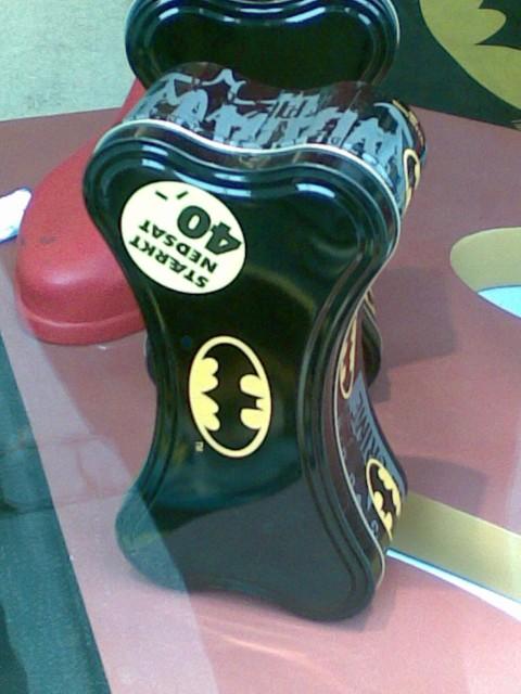 Den perfekte gave til barnet der er vild med Batmand. Og mangler en madkasse. Og spiser kødben til frokost.
