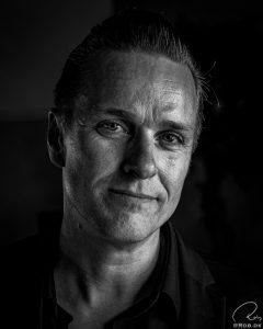 Dennis Lydom fra  www.johnnycashforedrag.dk som jeg lige fik foran kameraet da jeg tog billeder på Midland Festival 2019.